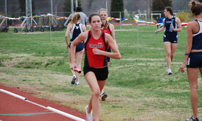 Women's Track Competes in Dickinson Invitational