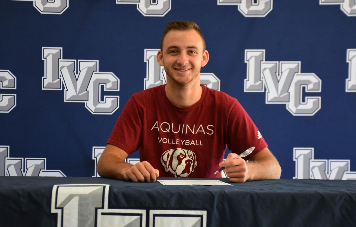 Men's volleyball player Josh Evers headed to Aquinas College
