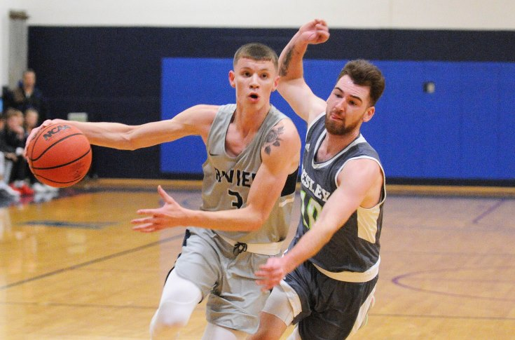 Men's Basketball: Hale, Raiders top Lesley for first win of 2018-19