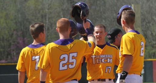 Golden Eagles host conference series against SIU Edwardsville