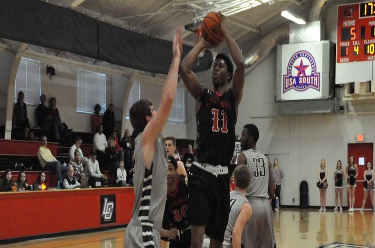 Men's Basketball: Panthers cap perfect weekend by topping Piedmont 81-78
