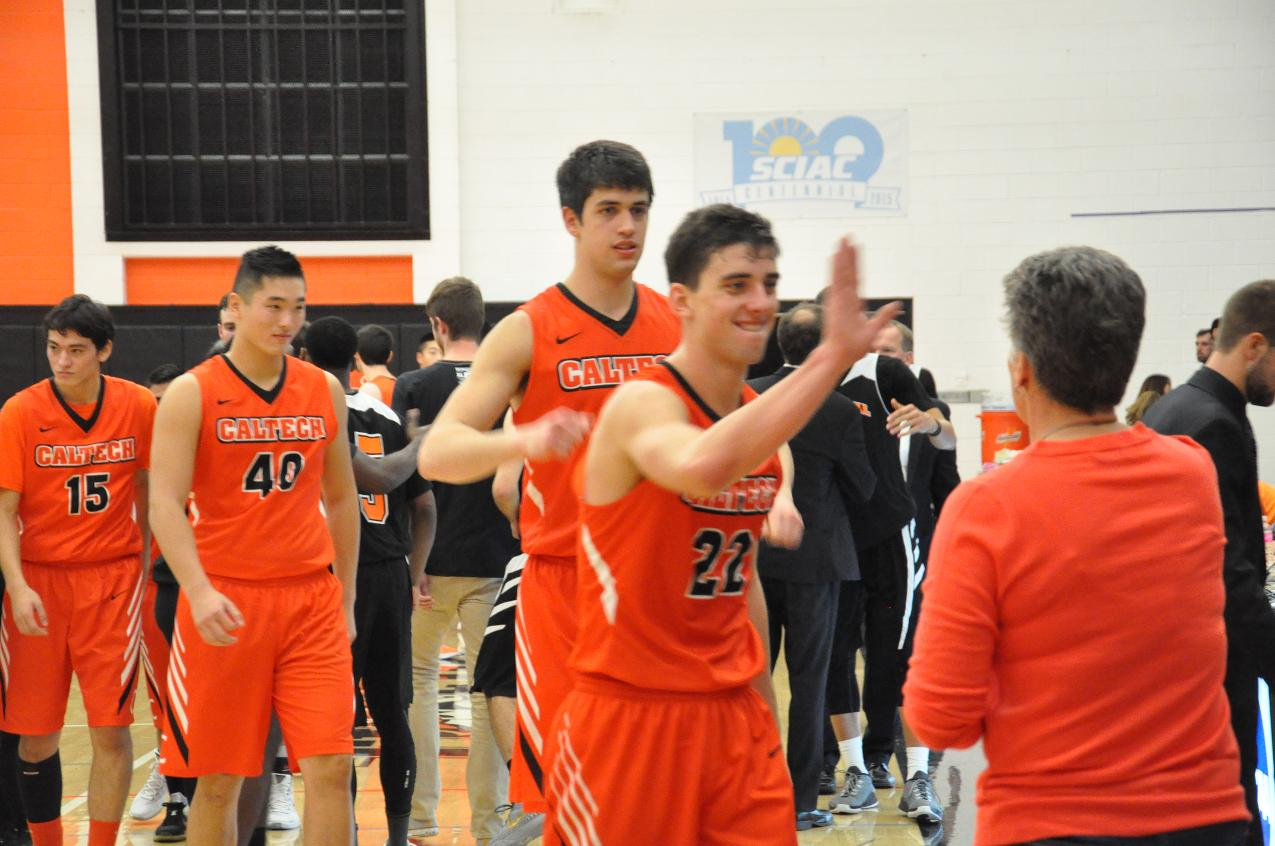 LeBaron Breaks Out in Men's Basketball Win at Oxy