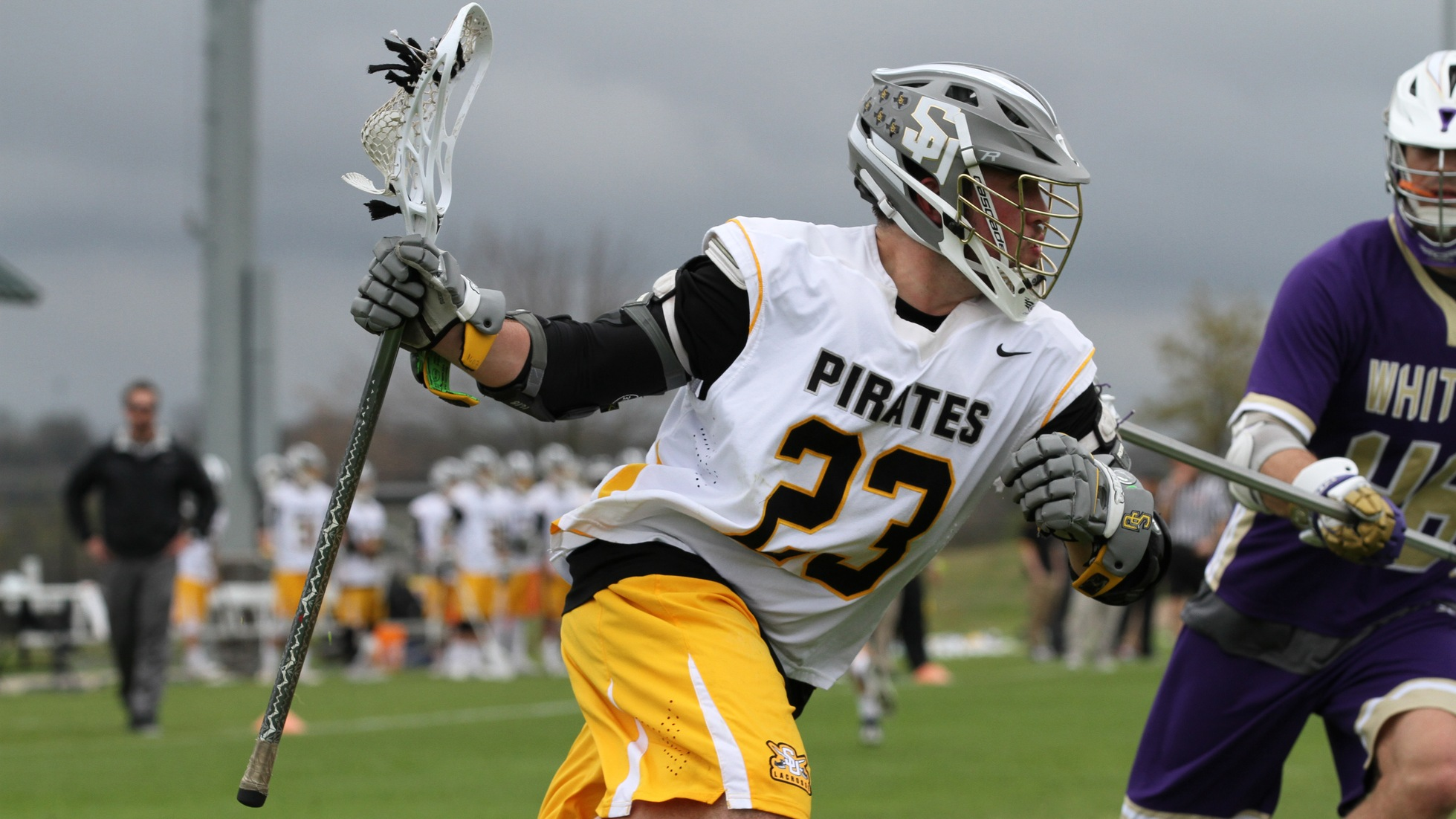 Knight-Turcan's record-setting performance lifts Pirates to 25-7 win