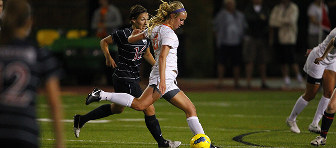 Women's Soccer Beats Benedictine to End Road Trip