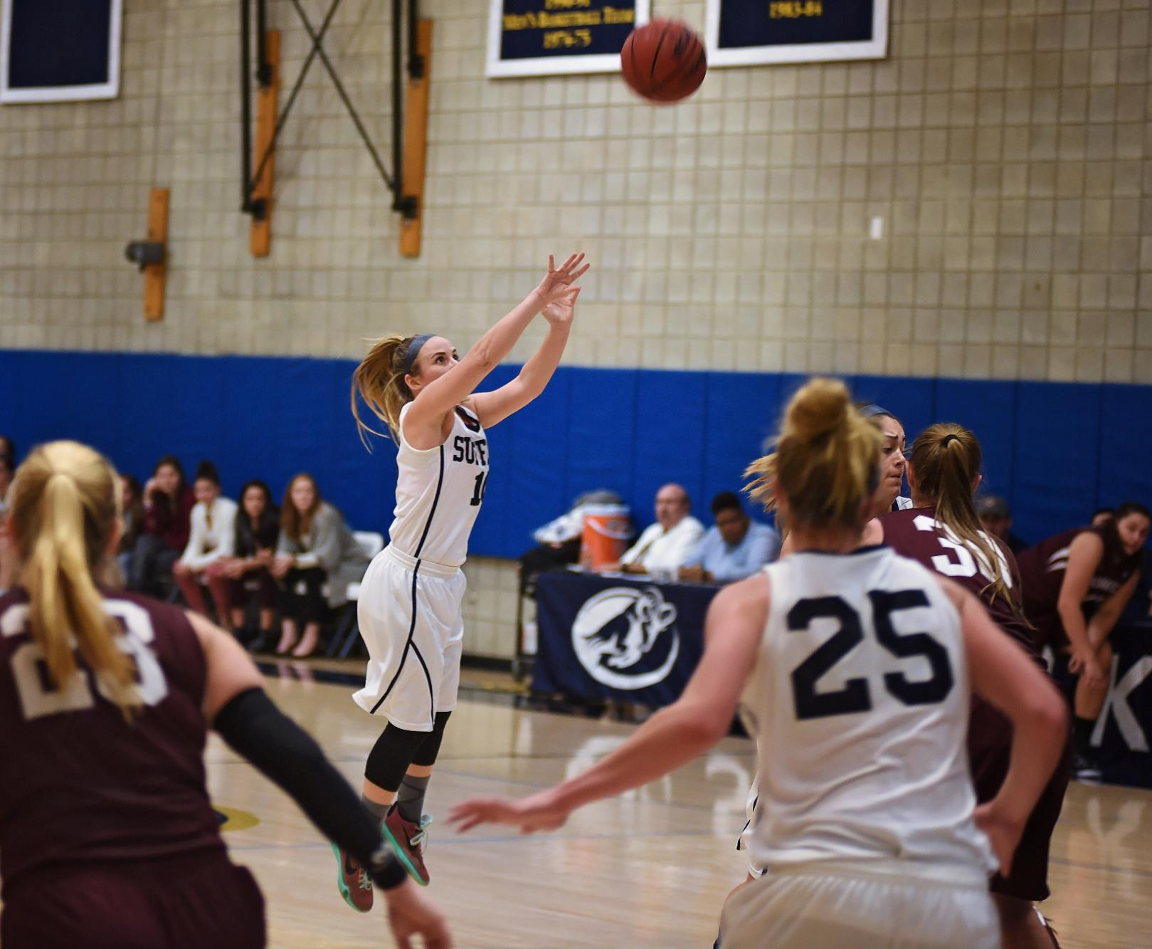 Women's Basketball Clashes at Wentworth Tuesday