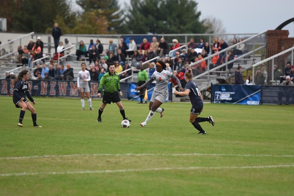 Eagles continue home dominance after 2-0 victory over Queens in region semifinal