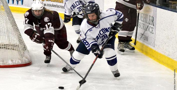 Lake Forest completes weekend sweep of Women's Hockey