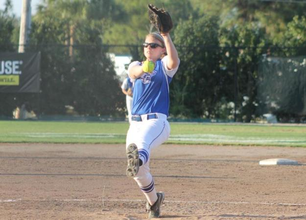 Softball Sweeps UMES in Doubleheader