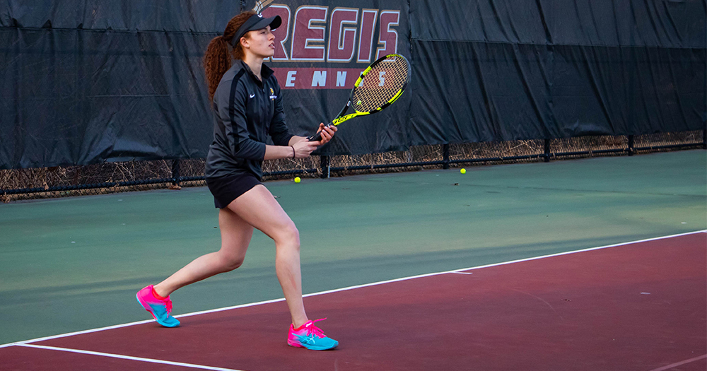 Women's Tennis Edges St. Joseph's for Second Straight Win
