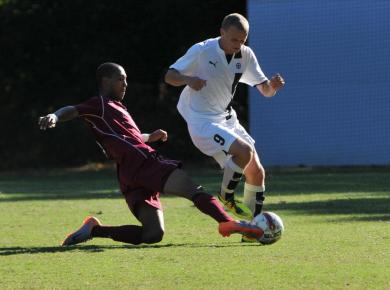 Tyler Tops Petrels in NCAA First Round