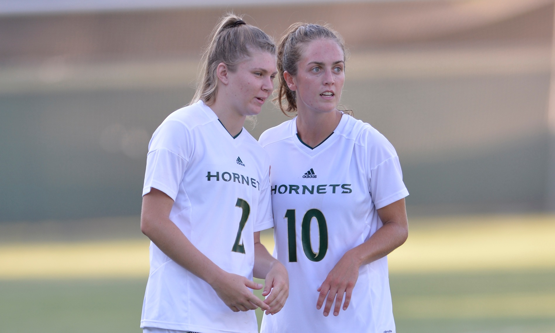 LATE GOALS UNDO WOMEN'S SOCCER IN 2-1 LOSS AT PORTLAND