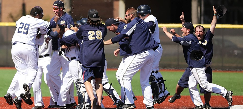 Bensman's RBI double ends 14-inning game as Gallaudet celebrates win over Keuka