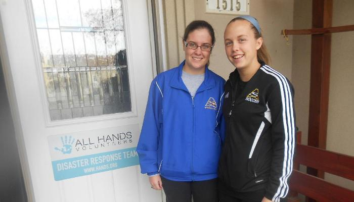 Pair of Lady Pioneers Help with Sandy Relief