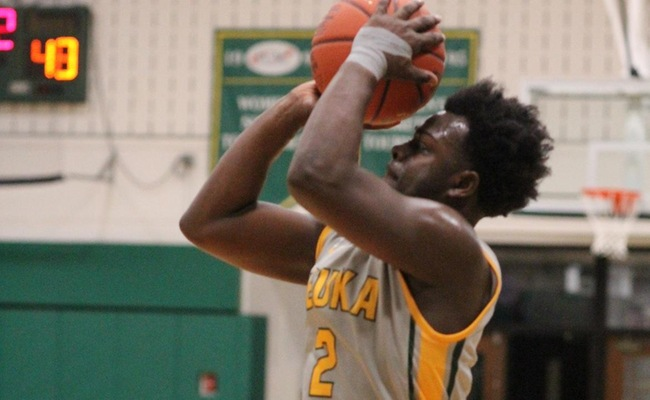 Freshman Cameron Winston (2) tied his career-high with 26 points in Keuka College's loss on Sunday -- Photo by Ed Webber