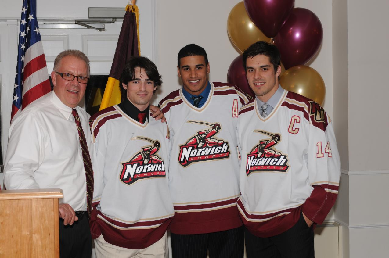 Men's Hockey: Cadets hold year end awards banquet; name 2012-13 captains