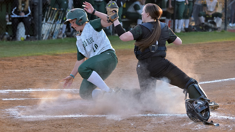Richard Bland Sweeps At Bryant & Stratton 10-2 (6), 17-1 (5)