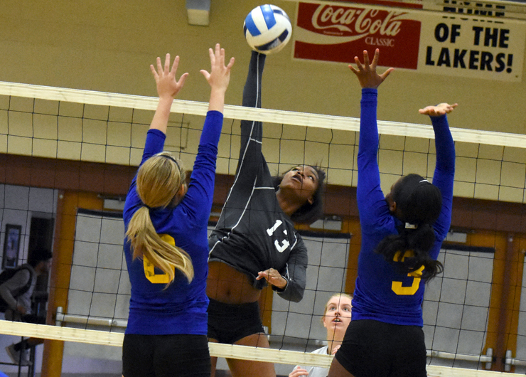 Lakers make quick work of visiting Hocking, 3-0