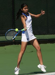 #19 Tufts Too Much for Wellesley Tennis