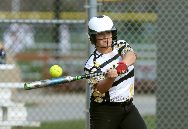 Thuman's huge day leads Monroe to sweep of Hudson Valley