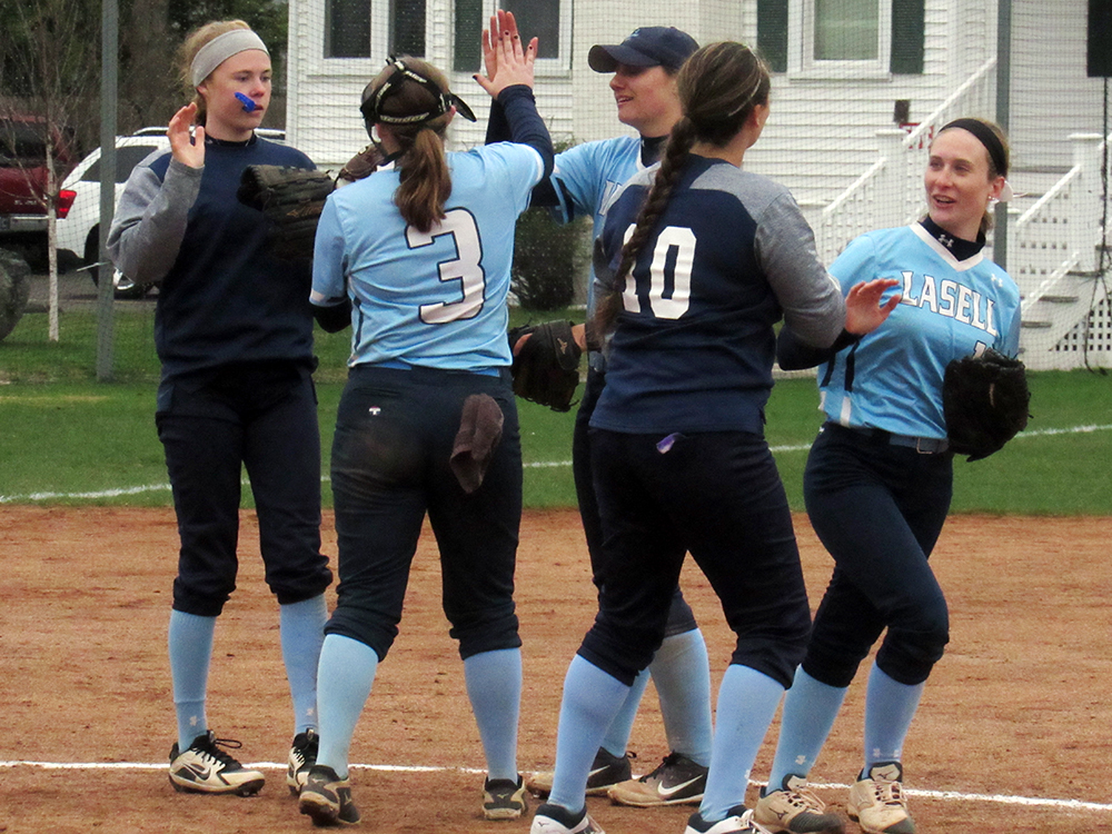 SB: Lasell drops two GNAC games to Norwich