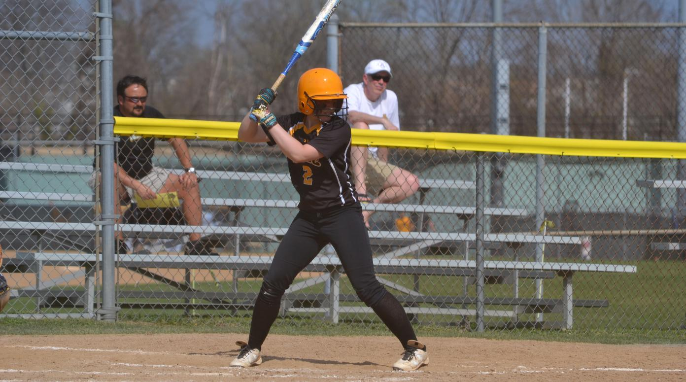 Softball Victorious at Phoenix Opening Tournament