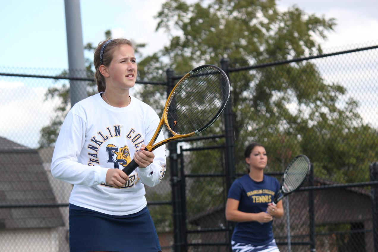 Women's Tennis Falls in Season Opener