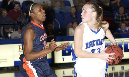 Amanda Whitaker had 12 points and four rebounds in the loss