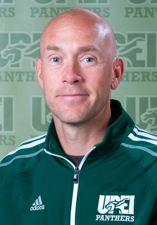 Mike Peterson returns as head coach of UPEI Cross Country
