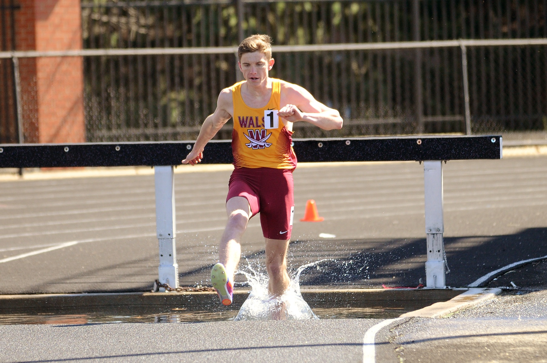 Men's Track & Field Seventh After First Full Day at GLIACs