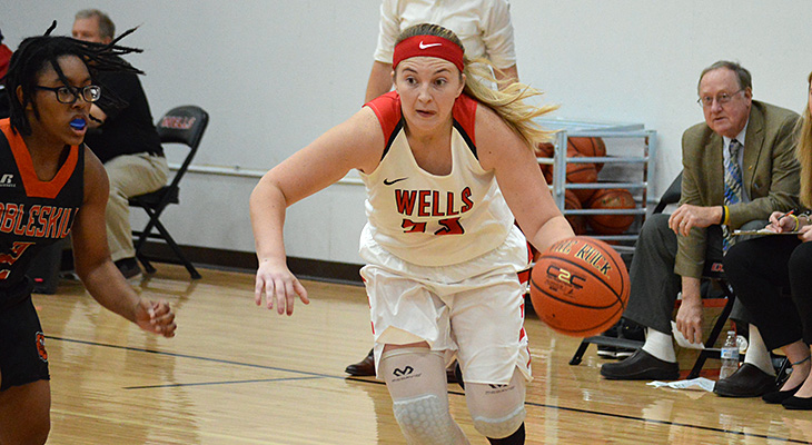Close Women's Basketball Game Goes To Cobleskill