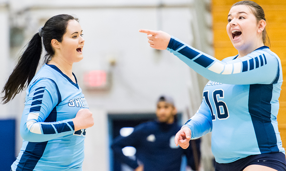 Women's volleyball battles back in 5-set victory