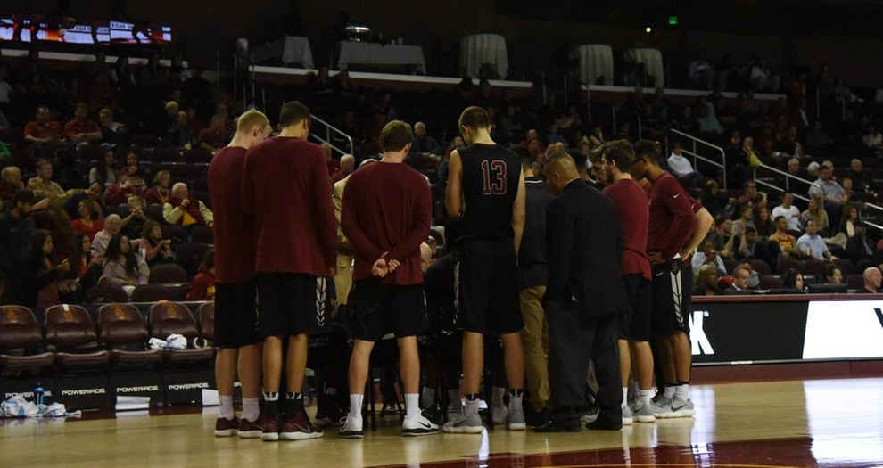 Men's Basketball Falls at USC Thursday Behind Strong Inside Play