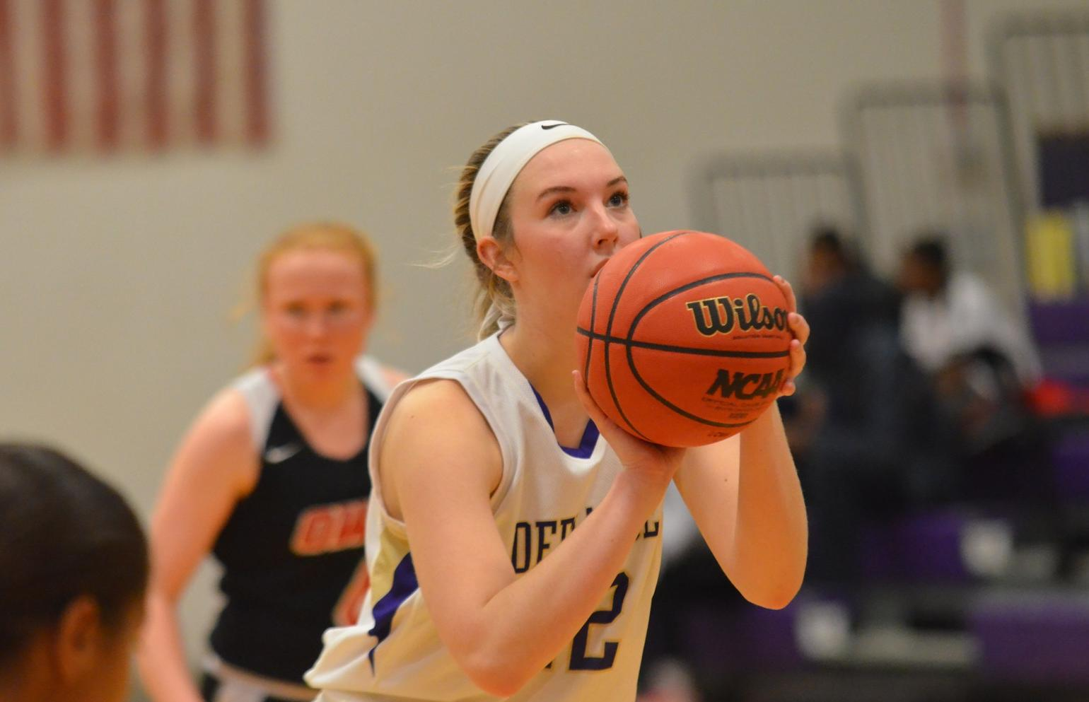 Yellow Jackets Stifled in HCAC Contest at Rose-Hulman