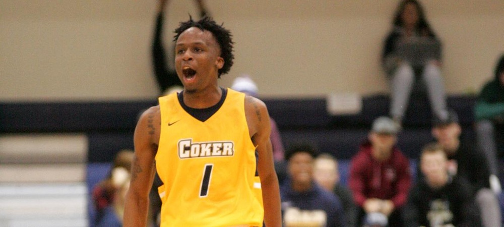 Khalil Halls Has Career Night in Loss to Nationally Ranked Queens