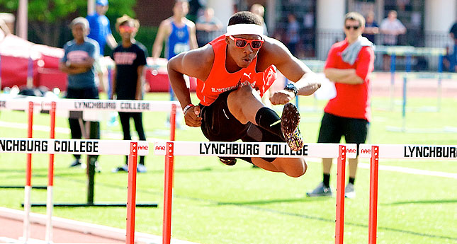 Hornets Perform at Highlander Invitational
