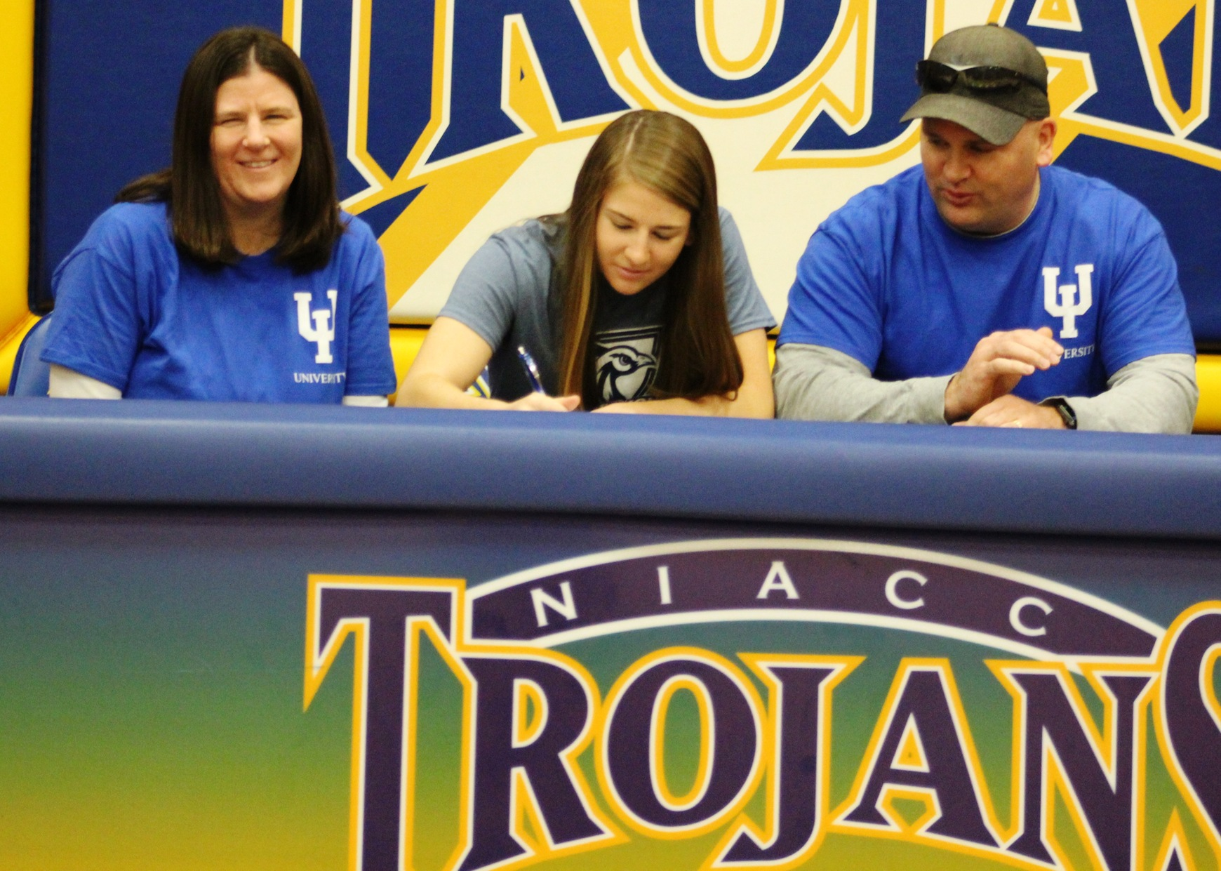 NIACC's Kaitlyn Carlson signs national letter of intent Wednesday with Upper Iowa University.