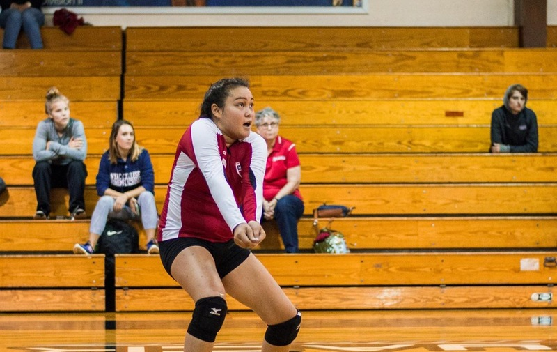Women's Volleyball Bounces Back With Win Over Dominican, 3-1
