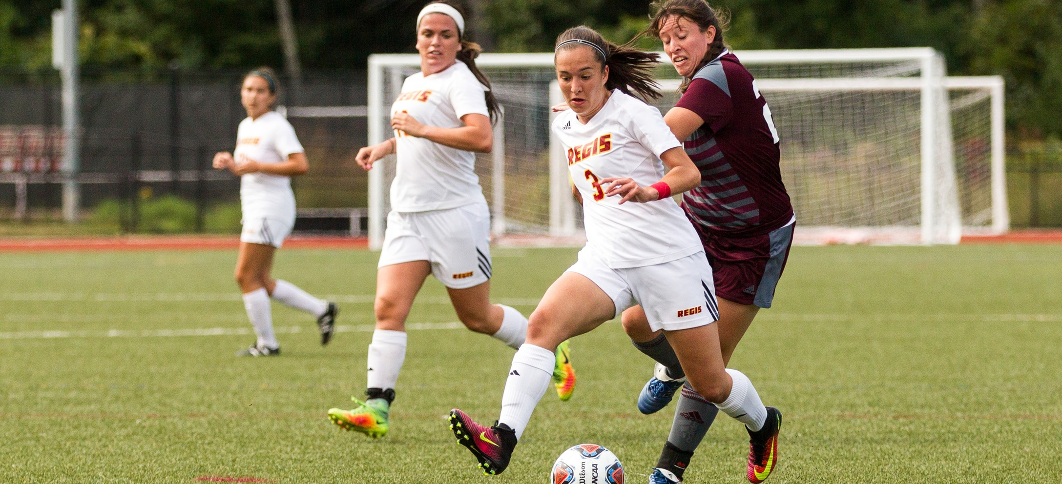 Women's Soccer Falls to JWU in High-Scoring Affair