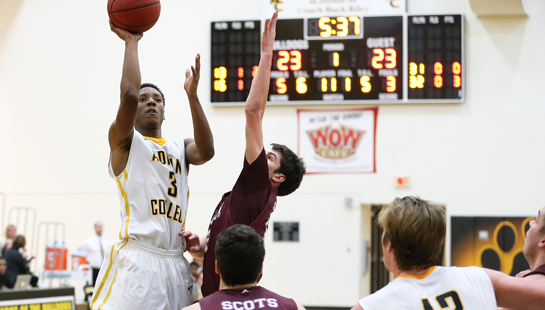 Harris Scores Second Most Points in a Single Game in 79-76 Loss in MIAA Home-Opener