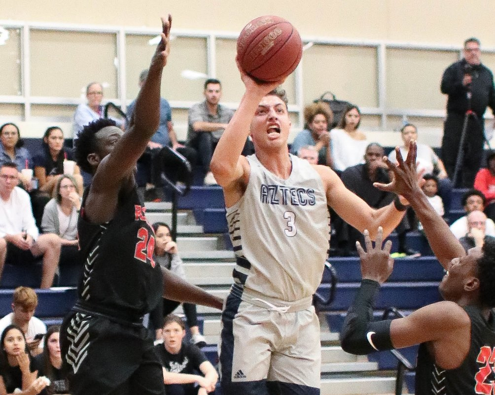 Sophomore Khailil Curtis scored 15 points but the No. 4 ranked Aztecs fell to Howard College 79-72 in the final day of the Pima College Tip-Off Classic. The Aztecs are 2-2 on the season. Photo by Stephanie Van Latum