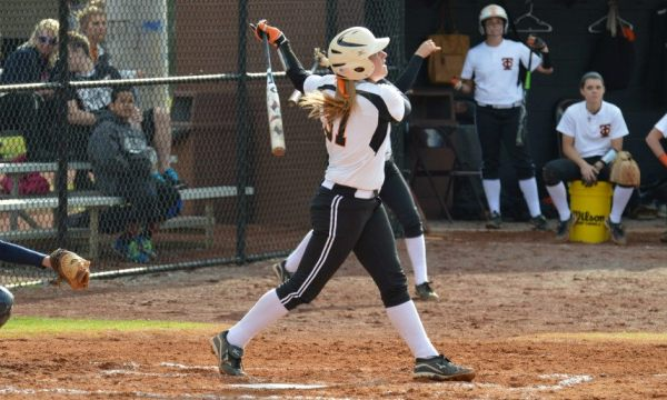 Pioneers tie home-run record in sweep of Erskine