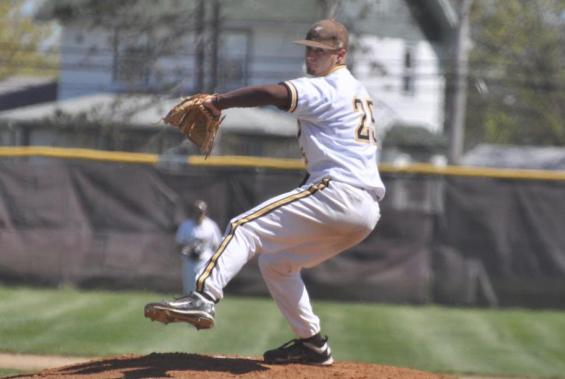 Baseball Team Defeats Medaille, 13-0, in Shortened Game