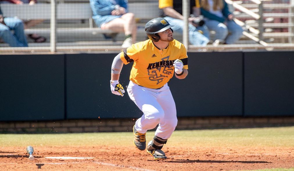 Late Push Lifts Owls Over Georgia Southern 11-10 in 12 Innings