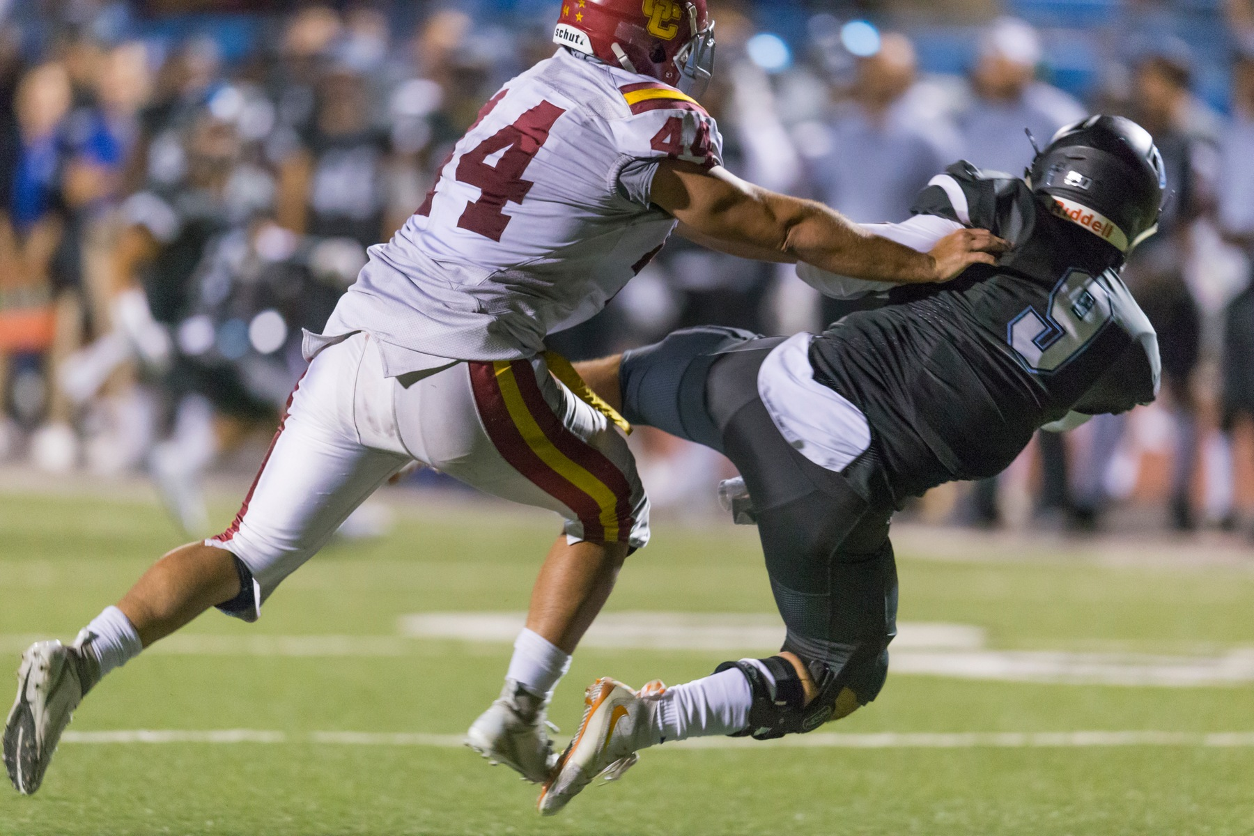 Glendale strikes early and often in 40-23 win over L.A. Valley for second straight victory
