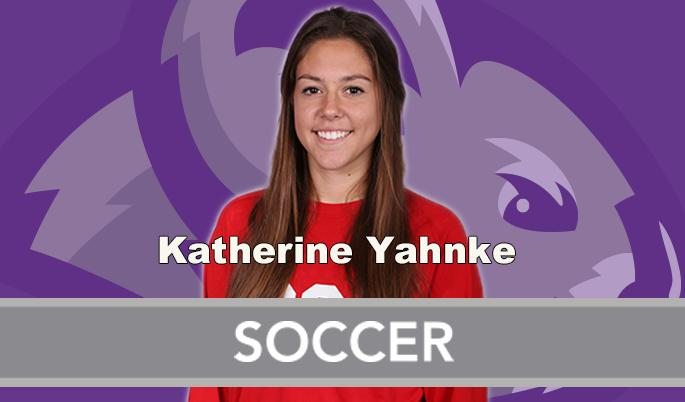 Yahnke Wins AAC Women's Soccer Defensive Player of the Week