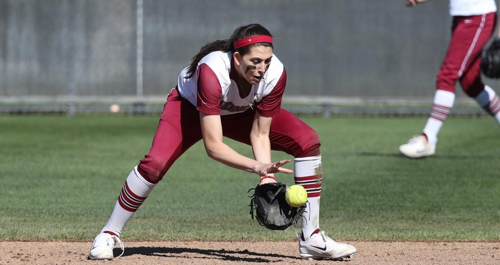 Game Two Win Over UIC Gives Softball Split