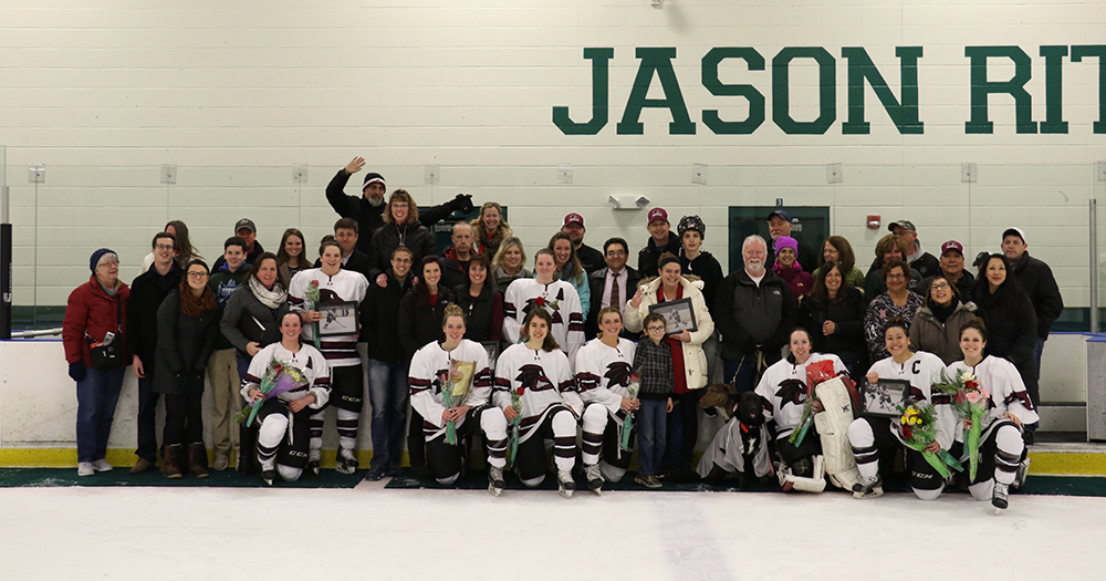 Danforth Third-Period Tally Lifts Women's Ice Hockey over Castleton, 4-3, on Senior Night
