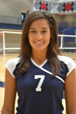 UMW Volleyball Falls in Five to Randolph-Macon