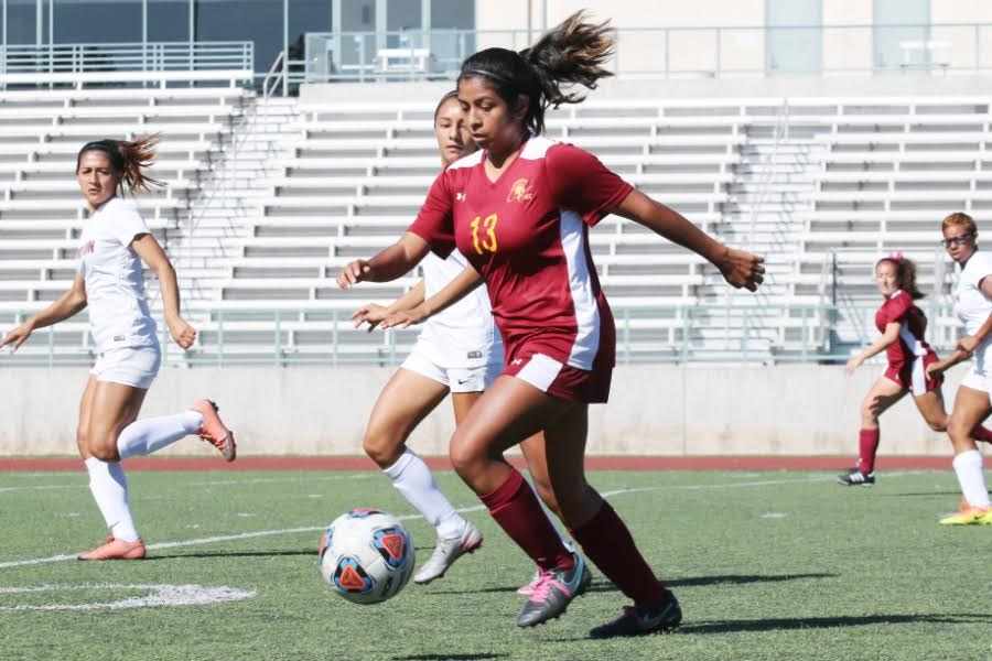 Women's Soccer Closes Out Rough Season