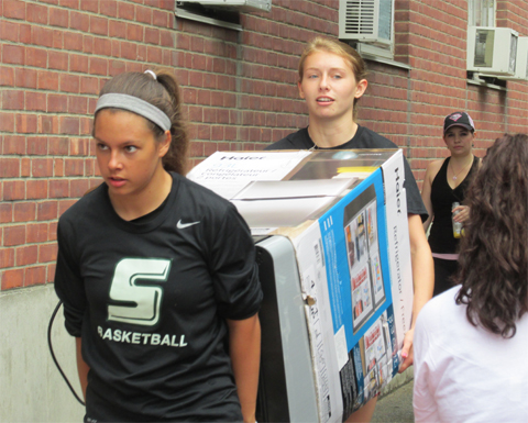 Skyline Conference SAAC to Host Clothing Drive to Assist Victims of Domestic Violence
